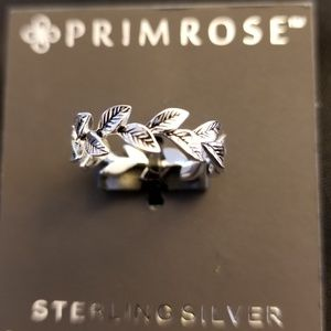 NWT sterling silver ring size 7